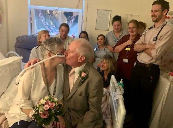 Pauline and Alan tie the knot at the QEQM Hospital in Margate
