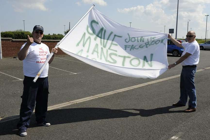 Save Manston group chairman Keith Churcher and Clive Crippes