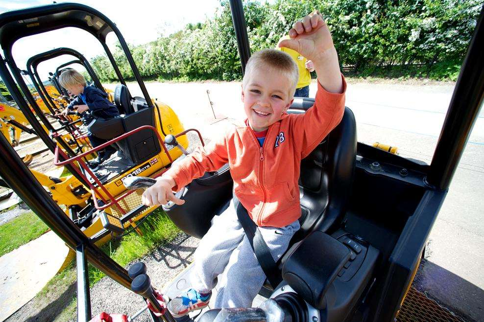 Children can operate machinery in Diggerland