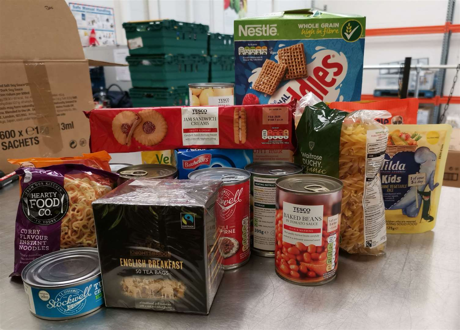 This is the food that goes into a family food bank box (14036582)