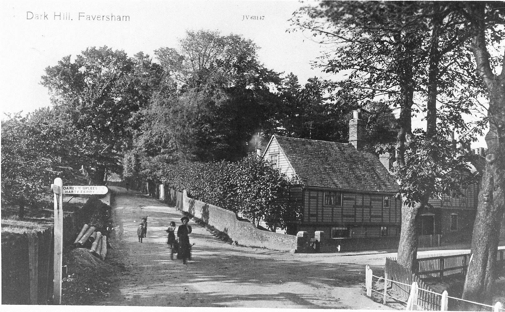 Dark Hill, Faversham in 1912