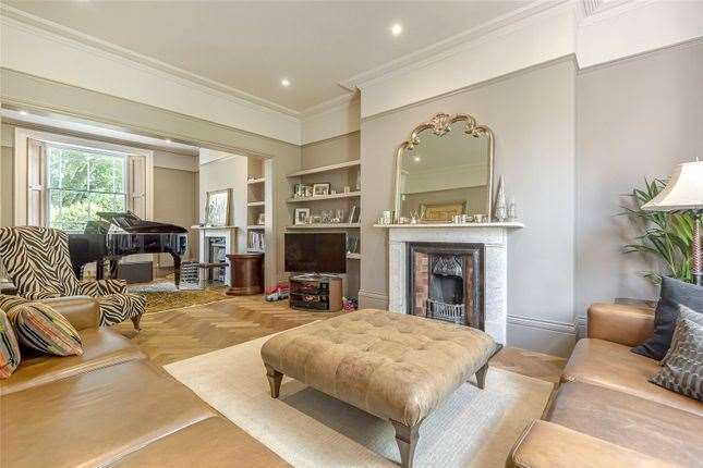The living room with fireplace. Picture: Zoopla / Humberts