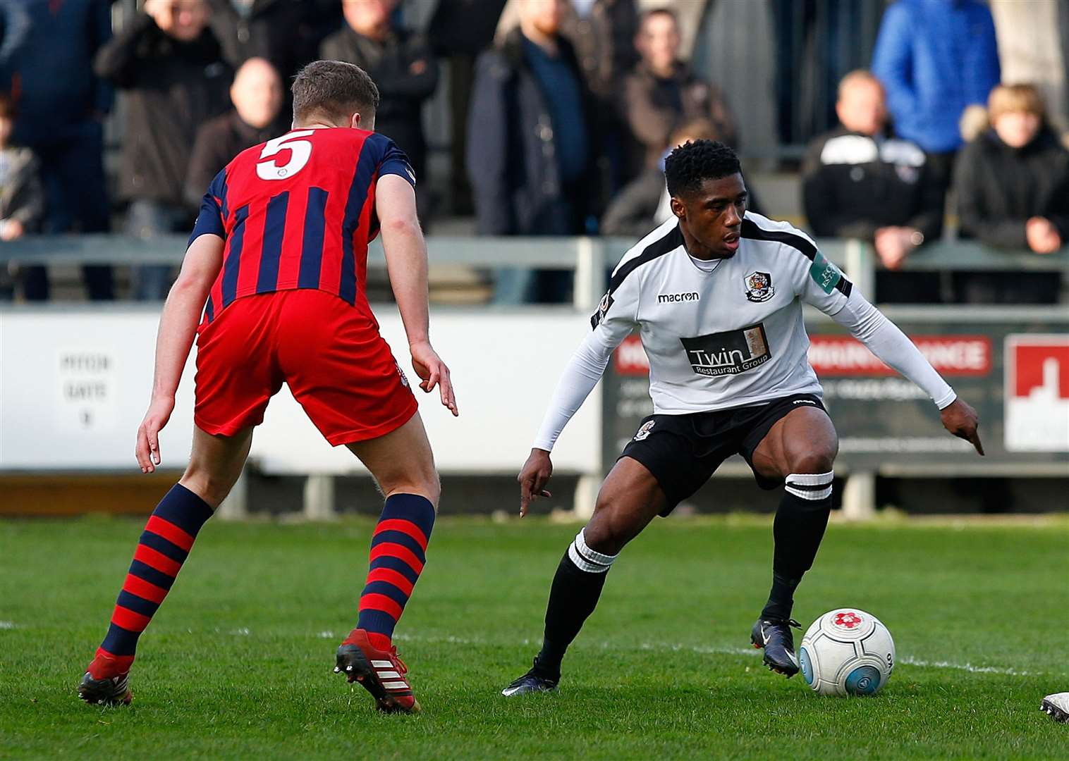 Darren McQueen in action for Dartford against Hampton last season Picture: Andy Jones