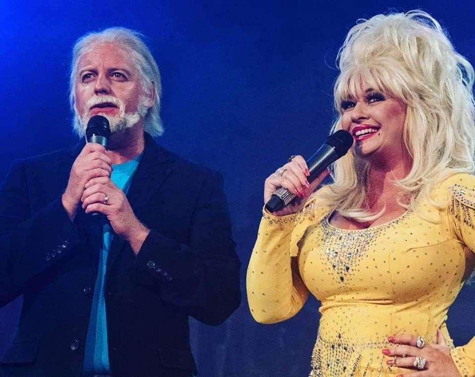Andy and Sarah Jayne as Kenny Rogers and Dolly Parton