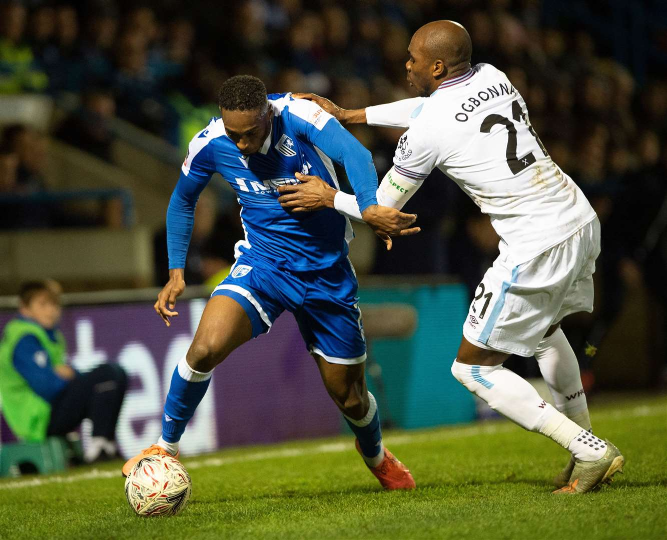 Brandon Hanlan takes on Angelo Ogbonna Picture: Ady Kerry