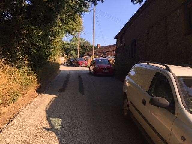 The lane is very narrow so parking spaces near the pub are somewhat limited