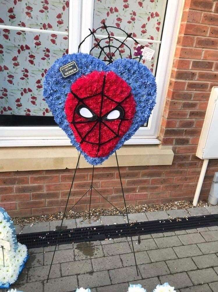 Jason Jones bought Spider-Man themed floral display for his nephew Ollie's funeral (12957400)
