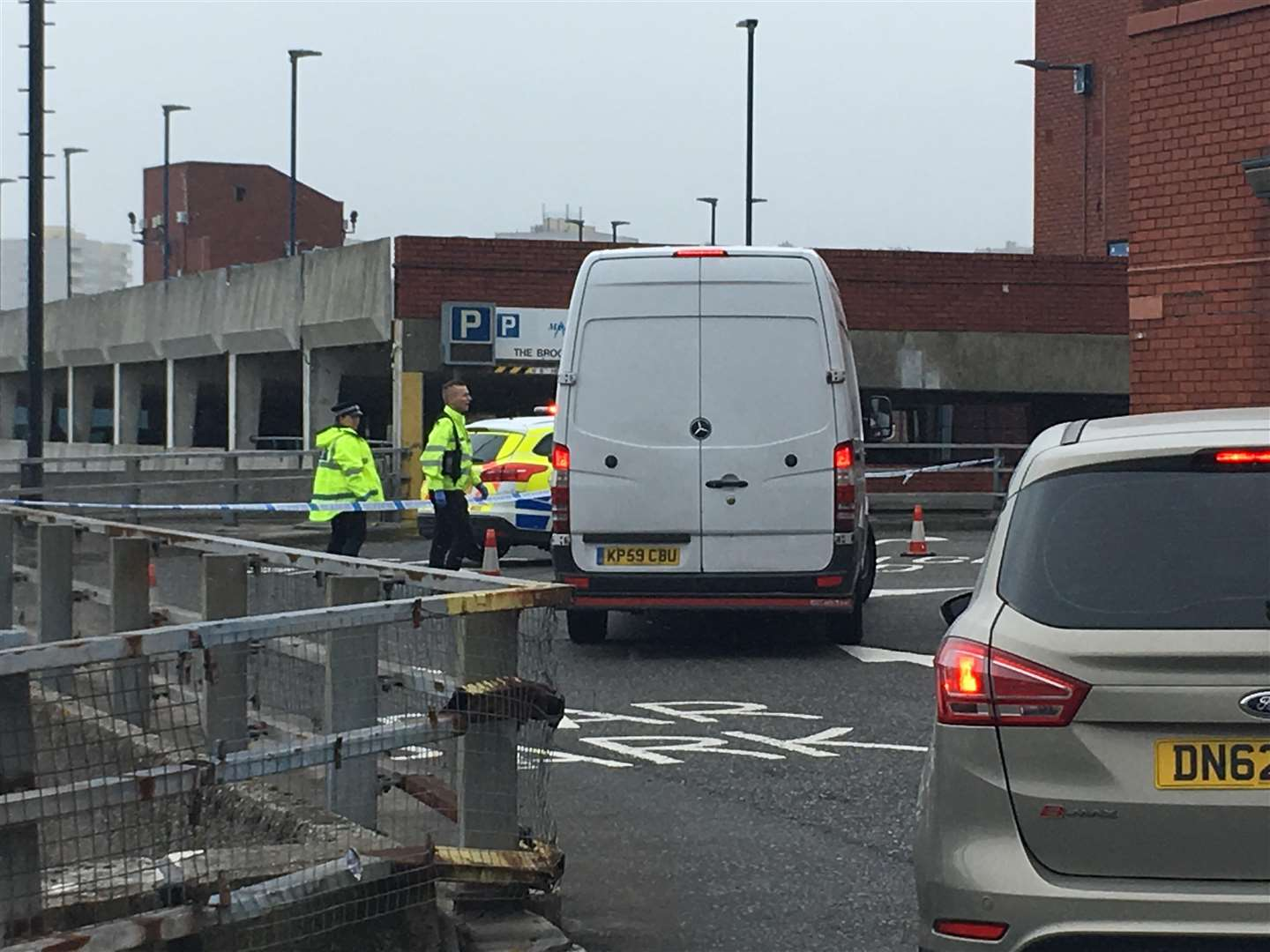 Police cordon Pentagon Shopping centre and the Medway Council owned multi story car park (2544408)