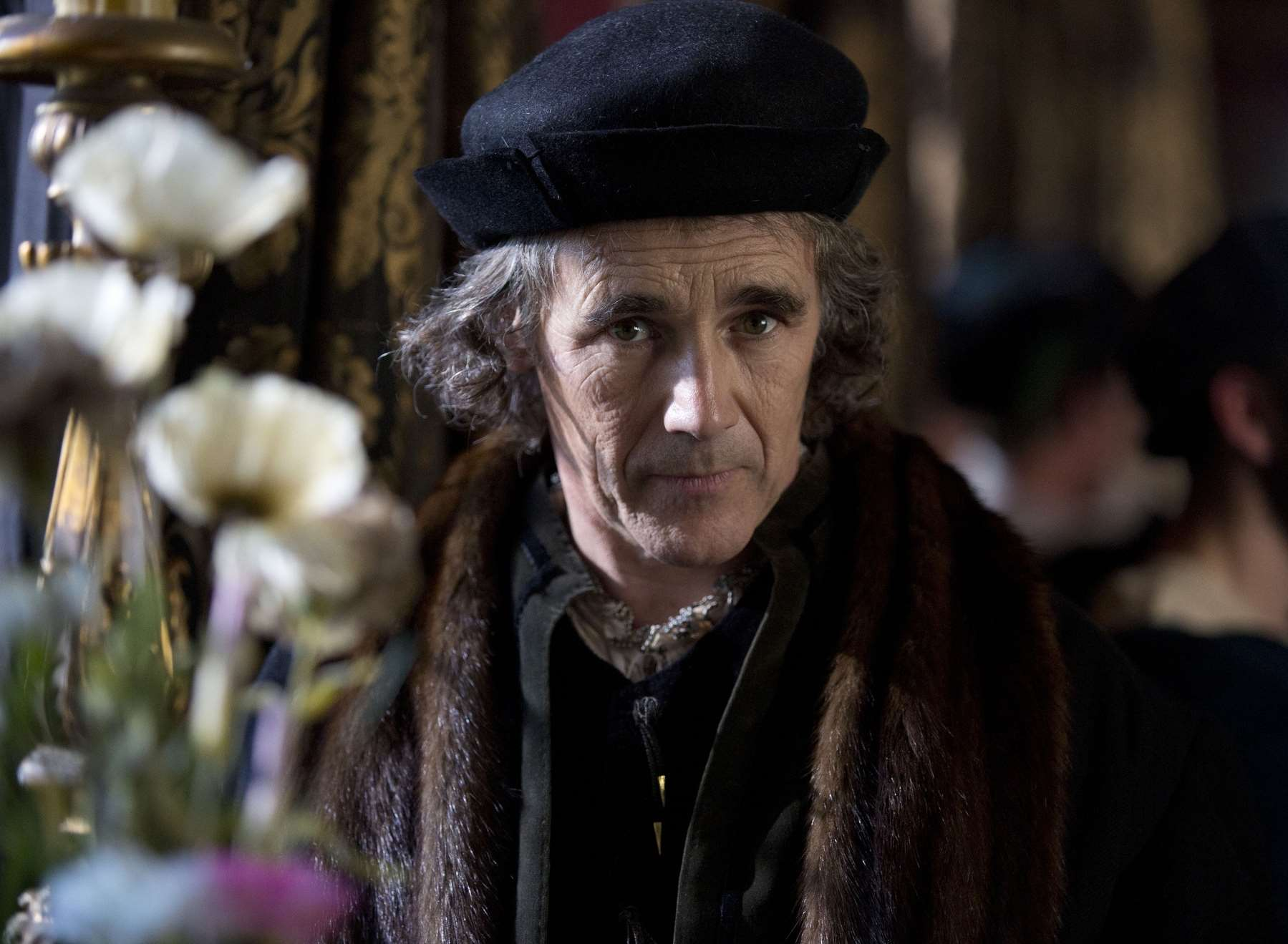 Award-winning actor Mark Rylance is getting behind the campaign to stop Dover Harbour Board dredging the Goodwin Sands