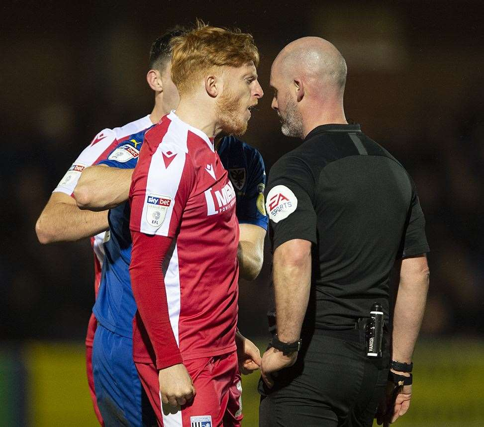 Ben Pringle is sent off for this confrontsation with referee Kevin Johnson Picture: Ady Kerry (22369186)