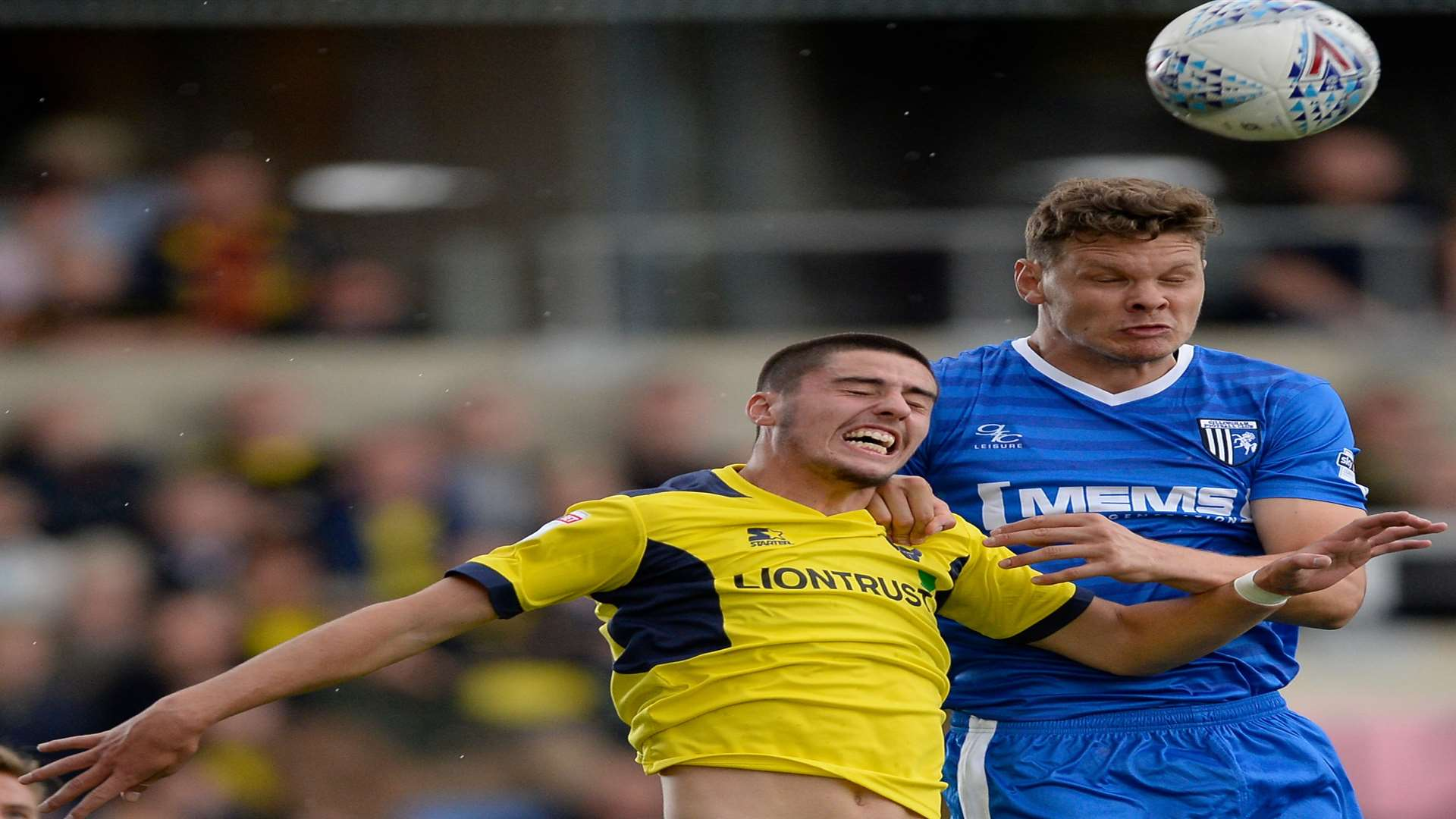 Ben Nugent competes against Oxford's John Mousinho. Picture: Ady Kerry