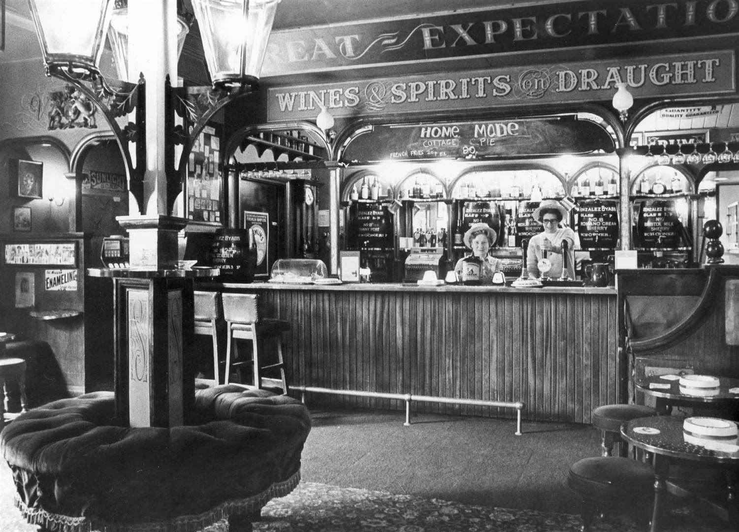 The Great Expectations Bar in the Royal Victoria & Bull Hotel in Rochester, April, 1981