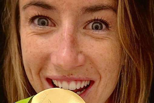 Maddie Hinch with her Olympic gold medal