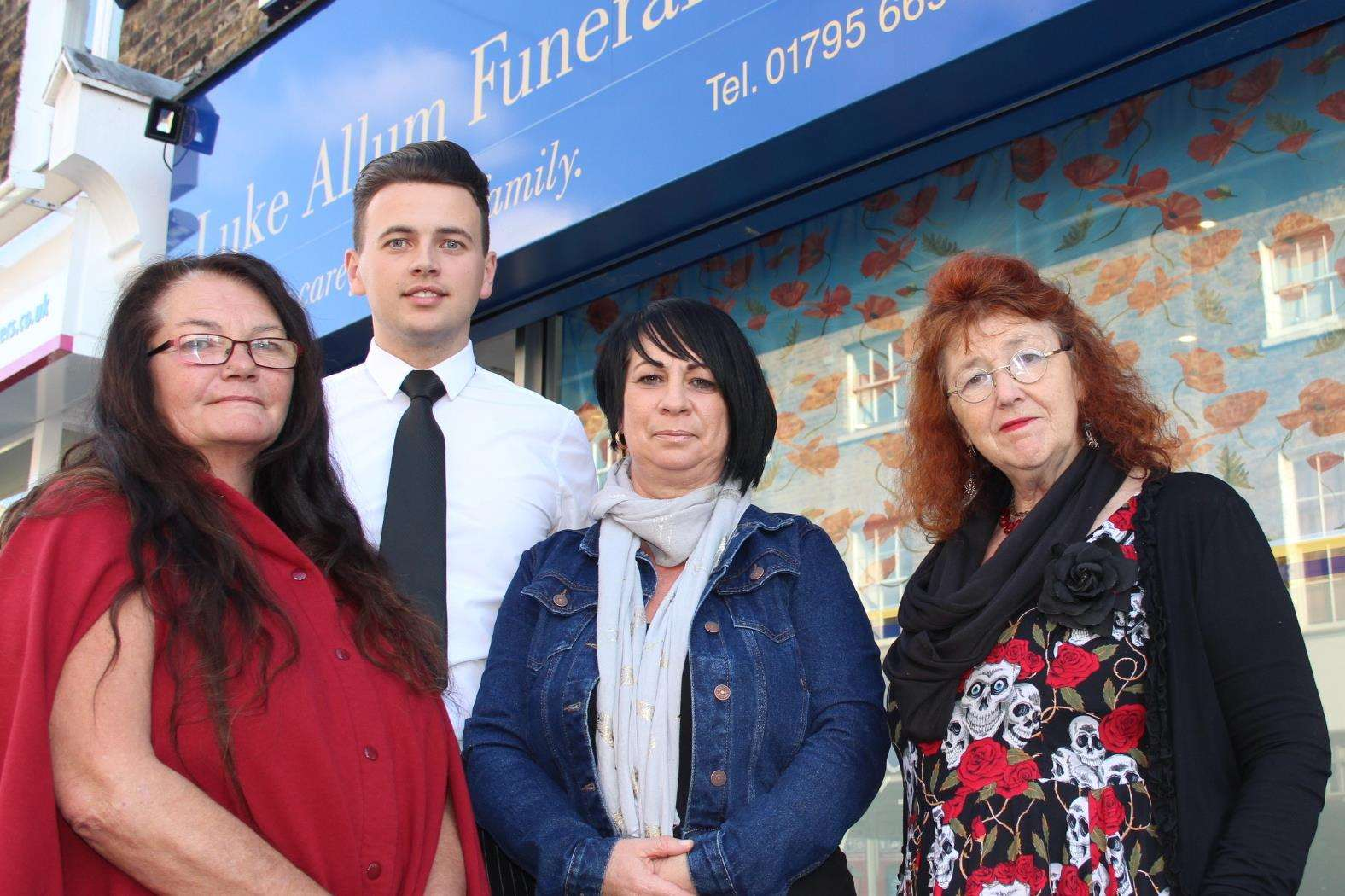 Sheppey funeral director Luke Allum has come to the rescue, pictured with Anne McManus' friend Vivienne Hudson, left, neighbour Chris Reed, right, and Tracy Jackson from Seabreeze caravan park