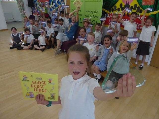 Esmee and Class 2 Griffin at Great Chart Primary with children's author and illustrator Priscilla Lamont (12229848)
