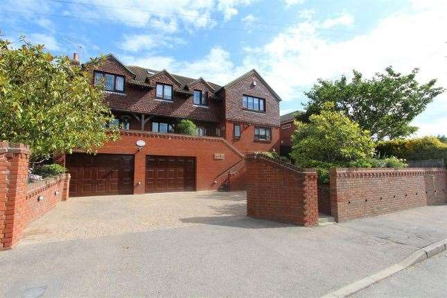 Six-bed detached house in Queenborough, Minster-on-Sea. Picture: Zoopla / Lamborn & Hill
