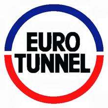 Eurotunnel services suspended