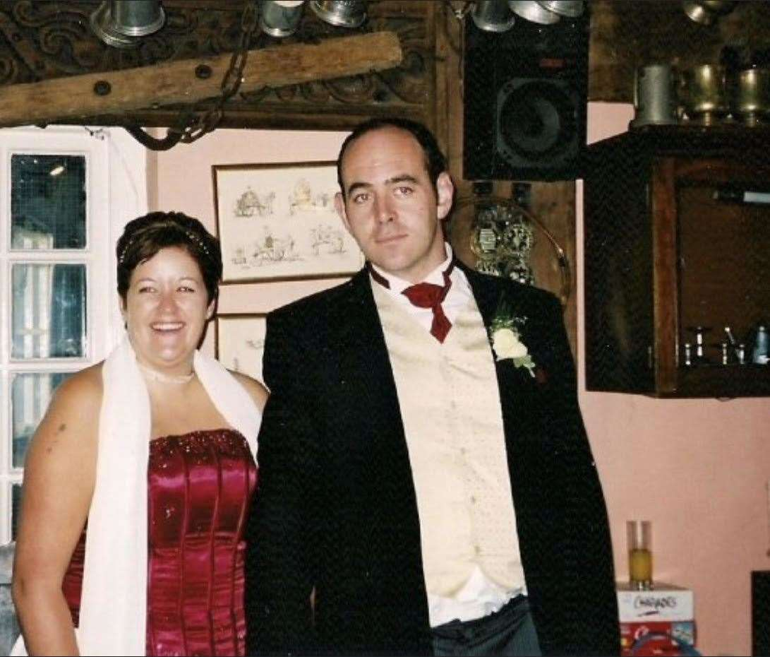 Mike Peachey and Naomi in a city pub after getting married at Canterbury Registry Office in 2002 (21086765)