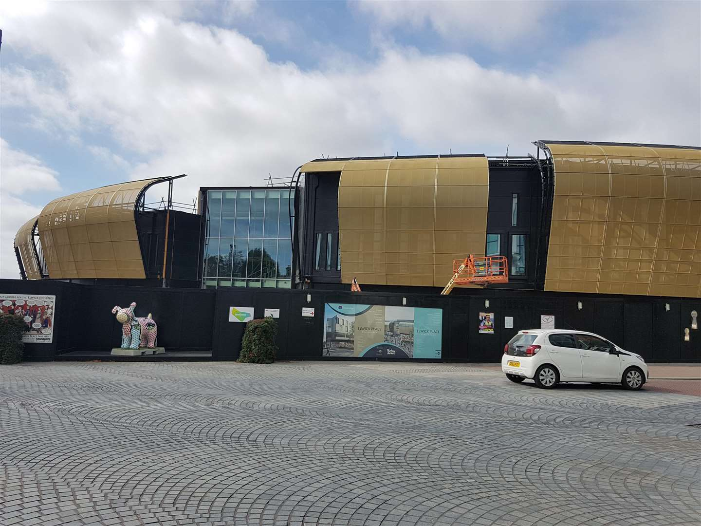Elwick Place's golden frontage has been completely installed ahead of the December launch