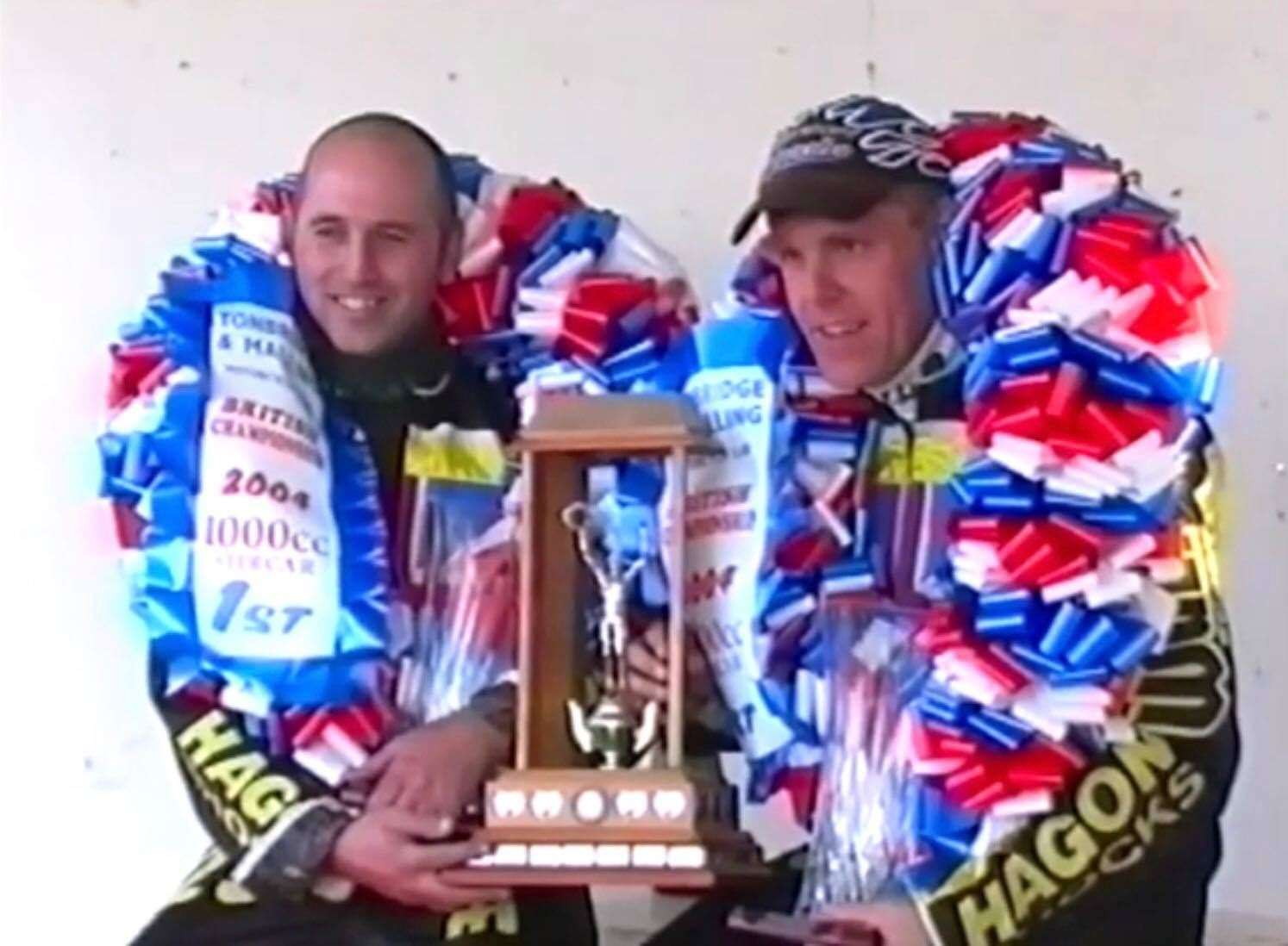 "Tony ""Char"" Penfold and Carl Bell with their cup in 2004"