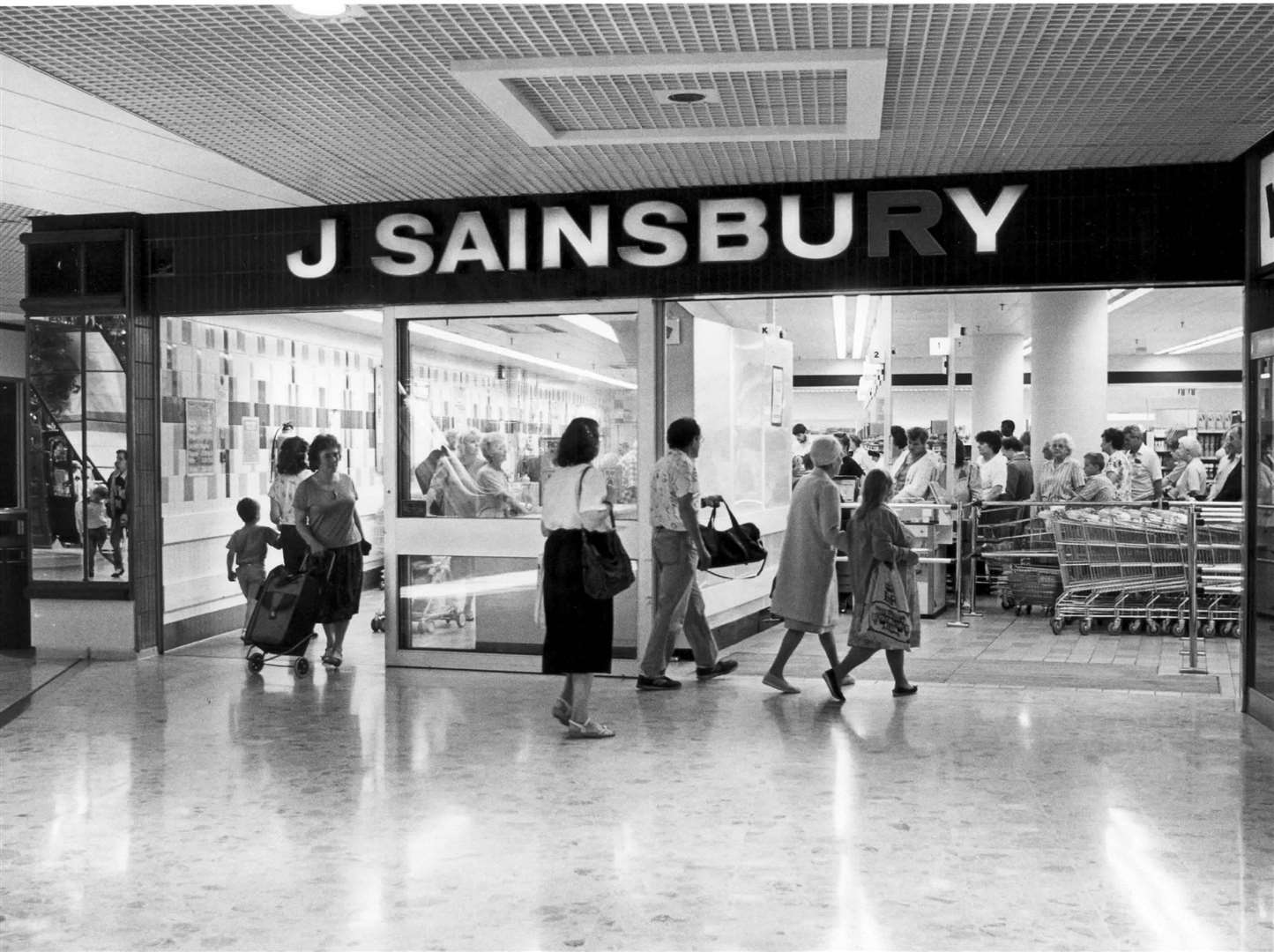 Sainsbury's at the Pentagon Shopping Centre in Chatham August 1991
