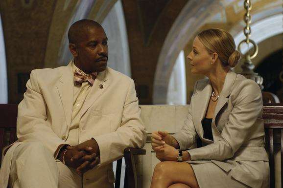 Denzel Washington and Jodie Foster, stars of Spike Lee-directed film Inside Man.