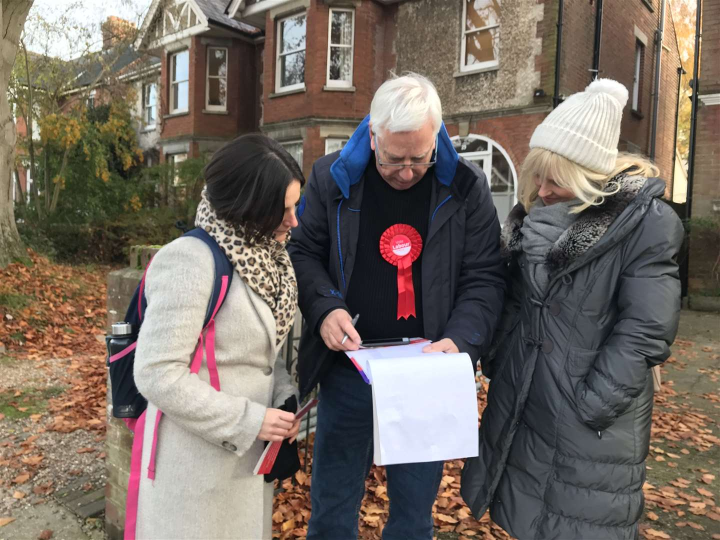 Suzanne Bold, Dave Wilson and Rosie Duffield deciding where to canvas next
