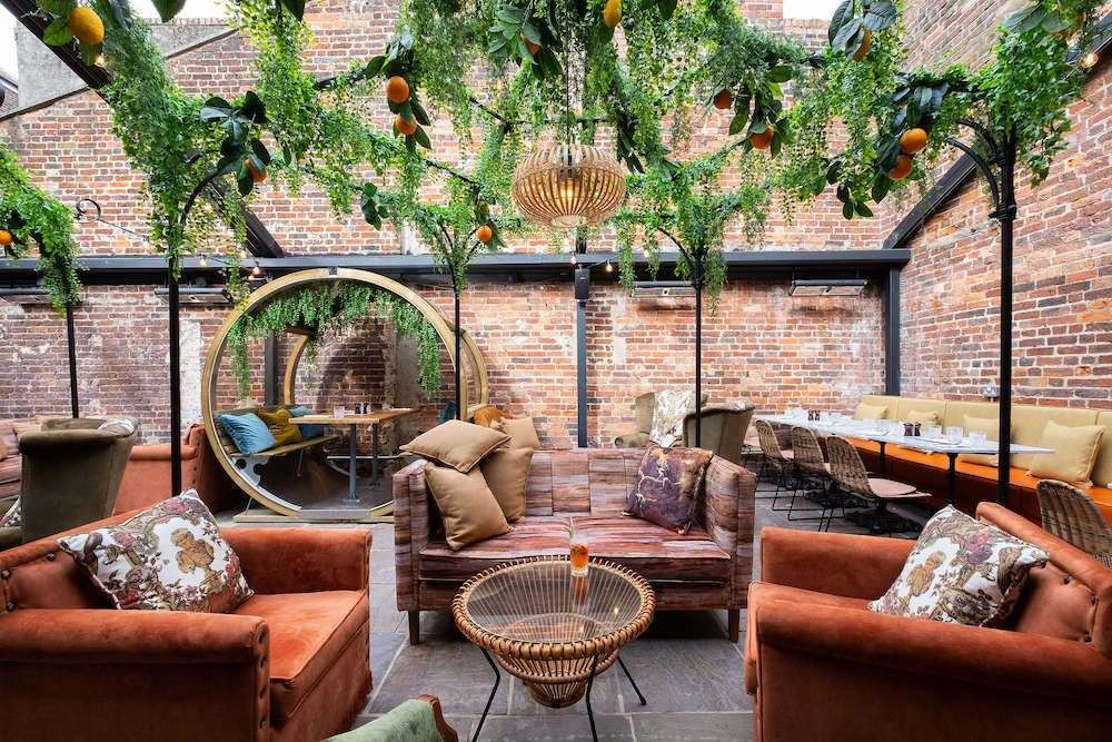The White Bear in Tunbridge Wells has an orangery - an outdoor seating area with a retractable roof