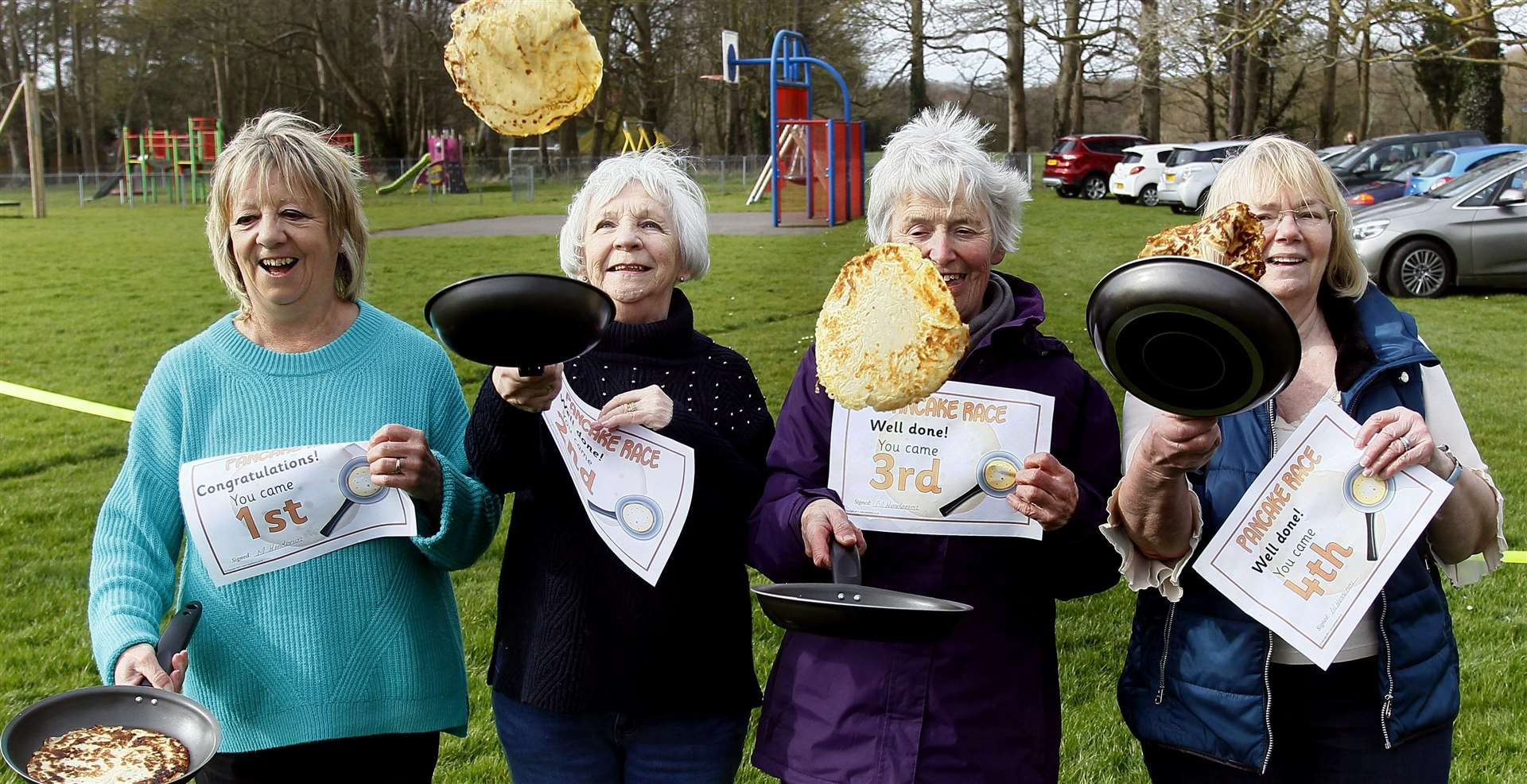 Hollingbourne WI ladies have a flippin' good time at the race last year