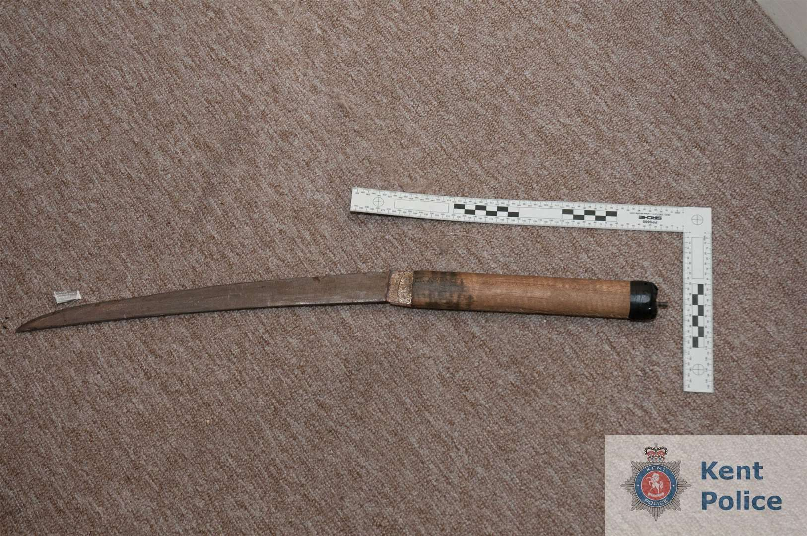 The knife believed to have been used byVictor Maibvisira to threaten two men outside a pub on October 1 (2450184)