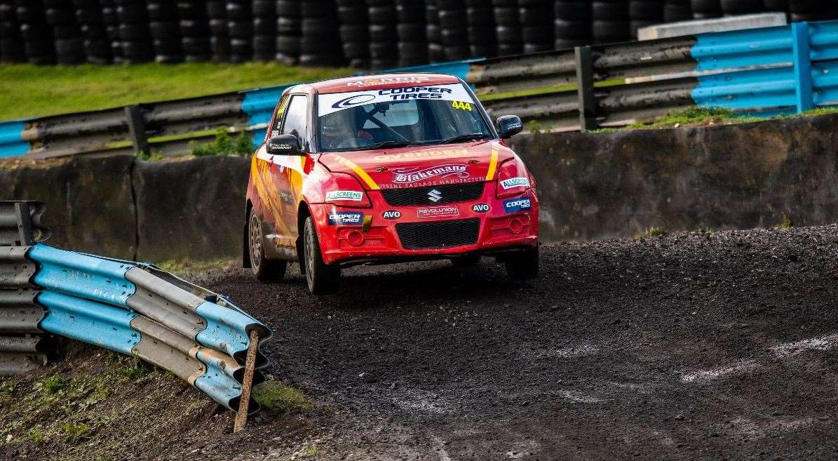 Will Ovenden had good results at Knockhill this weekend;  he will compete on his local circuit at Lydden Hill next month