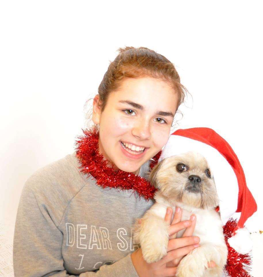 Poppy and her dog cookie want to raise money for brain tumour research (5849839)