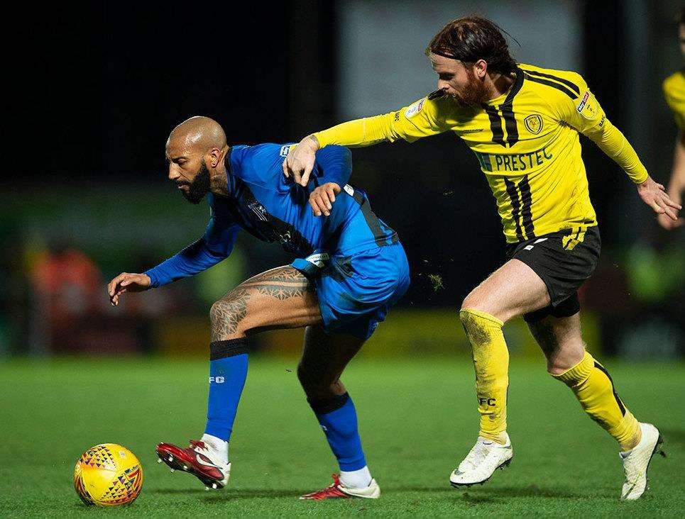 Burton Albion v Gillingham action Picture: Ady Kerry (6470524)