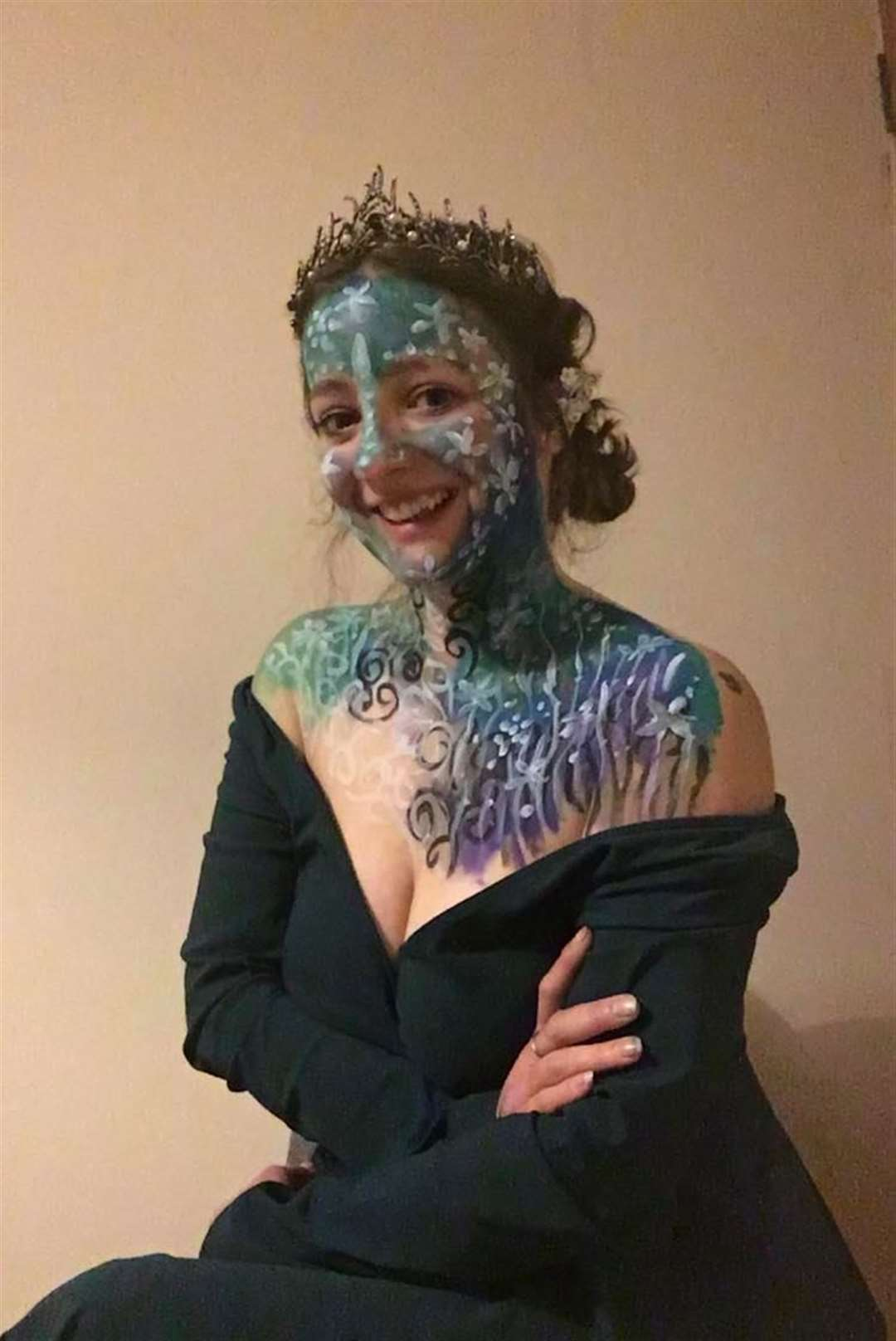Full works: Sheerness mum Charlotte Ralph paints her face and shoulders