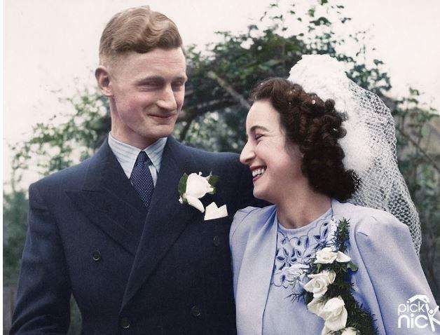 The colourised photo of Jan Cantry's parents