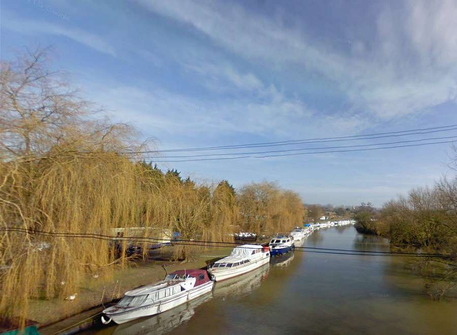 Bow Bridge Marina, Wateringbury. Picture: @Kent_999s