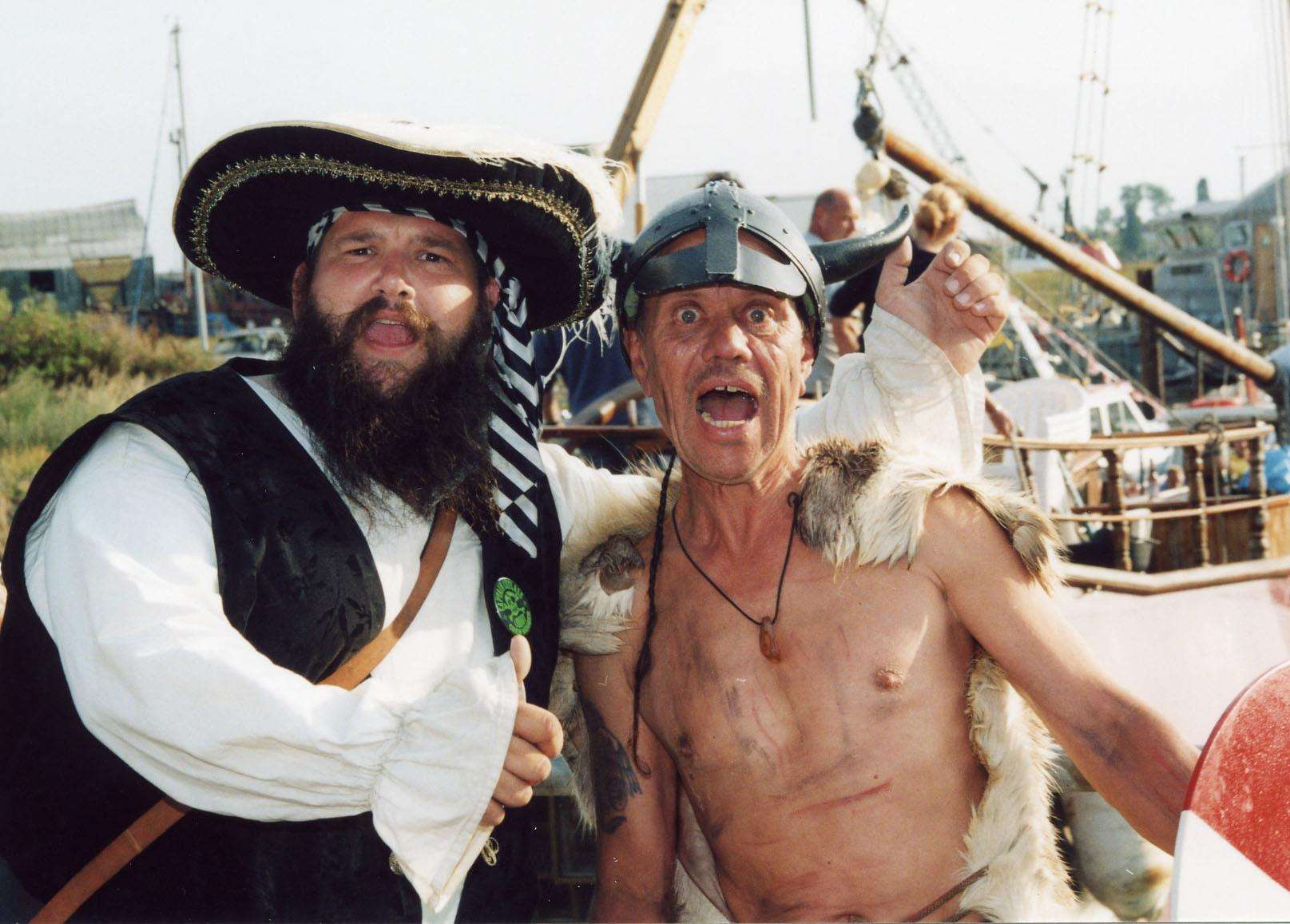 Captain Cutlass and Heini The Mad Dane Nielsen, the 2003 World Walking The Plank champion. Pic: John Nurden 07831 486436 (3431954)