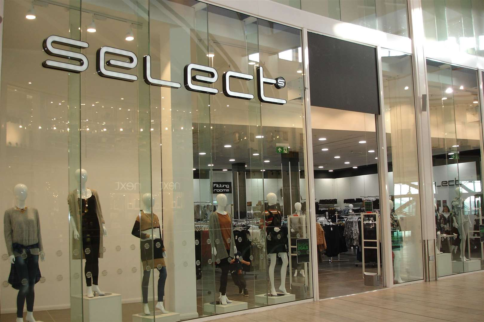 Select has 169 stores nationwide and employs some 1,800 staff