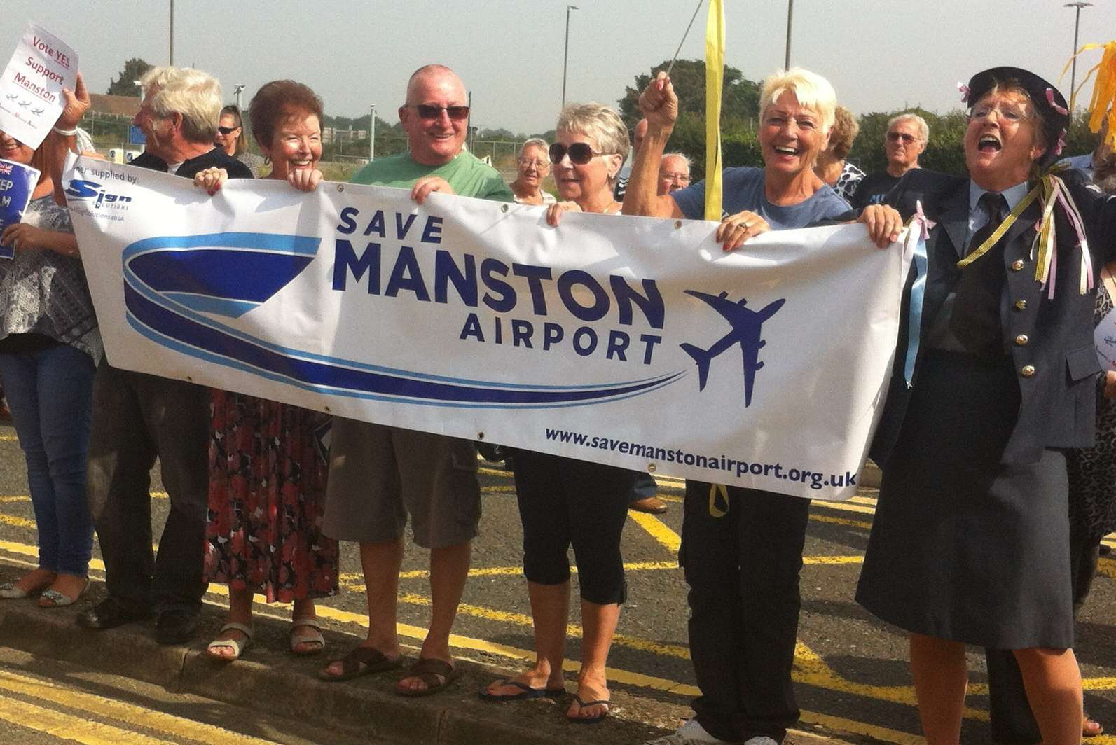 Save Manston Airport supporters during a previous rally