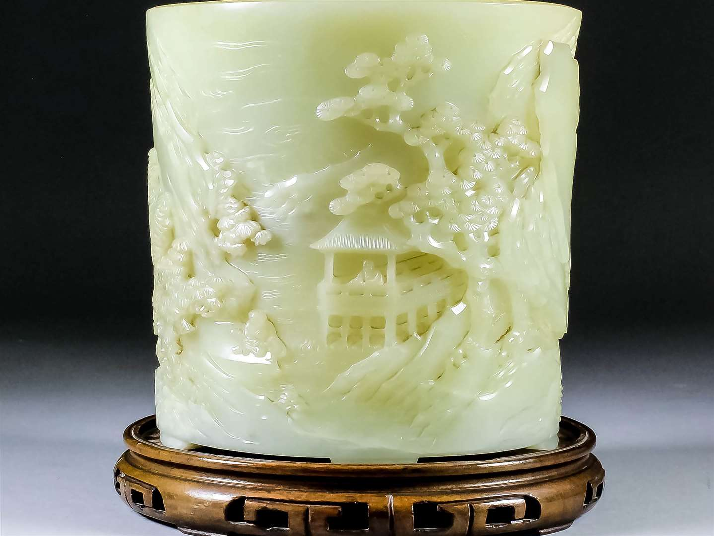 This five inch Chinese jade brush pot sold for £50,000