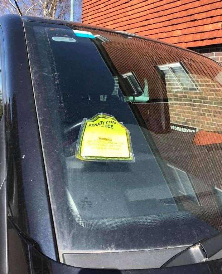 One Tenterden motorist gets slapped with a ticket