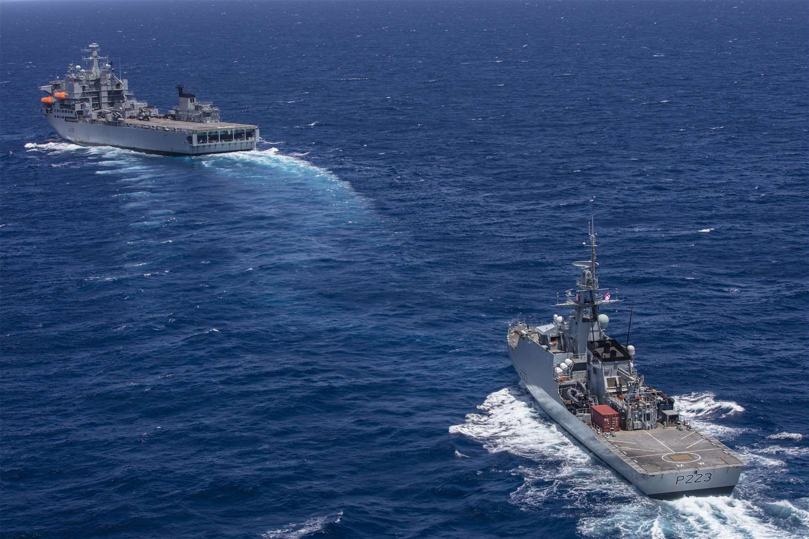 HMS Medway and RFA Argus in the Caribbean Sea