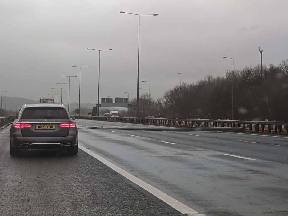 The fallen lamppost blocked all three lanes on the M20. Picture: Steve Squires (28768550)