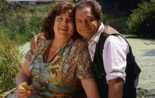 Pam Ferris and David Jason as the Larkins in The Darling Buds of May TV series. Picture: ITV (4070559)