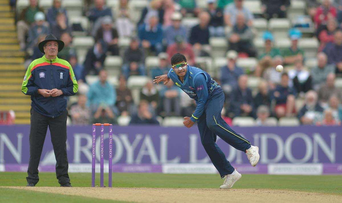 Kent's Imran Qayyum during their Royal London Cup Semi Final at Worcester. Picture: Ady Kerry.