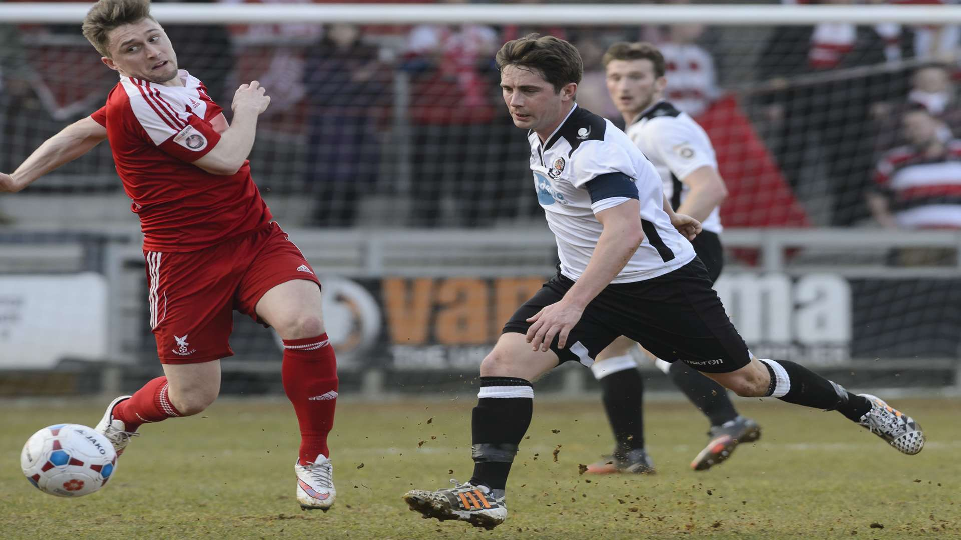 Lee Noble had to play 90 minutes for Dartford against Whitehawk on Saturday Picture: Andy Payton