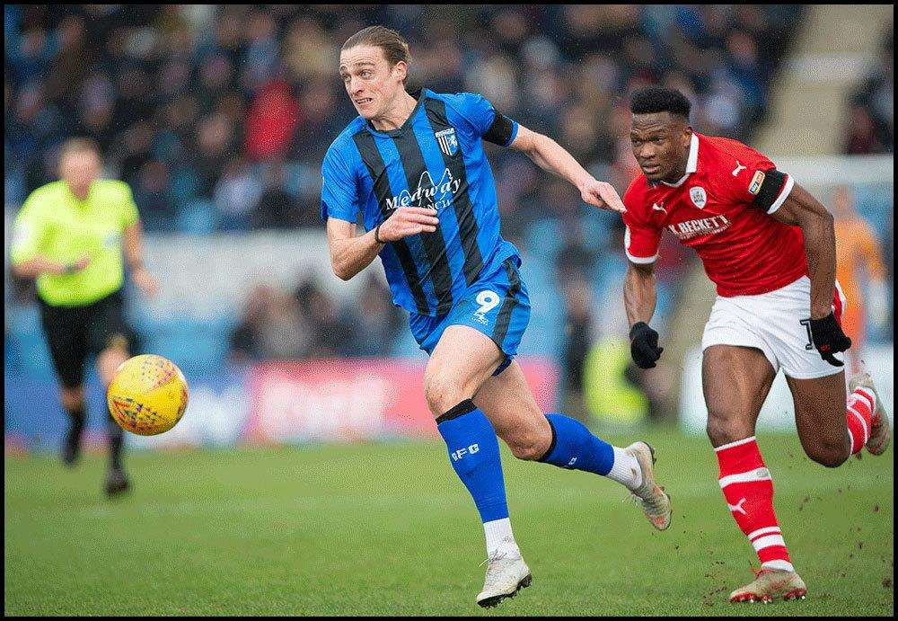 Tom Eaves on the attack for Gillingham Picture: Ady Kerry