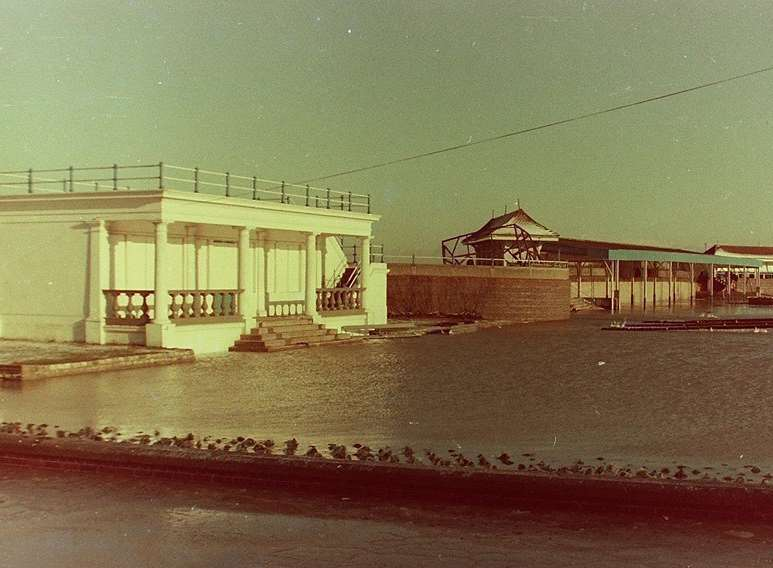 The bowling ground in front of the pavilion was turned into a lake when the sea flooded Sheerness on January 12 1978. Picture: Trevor Edwards