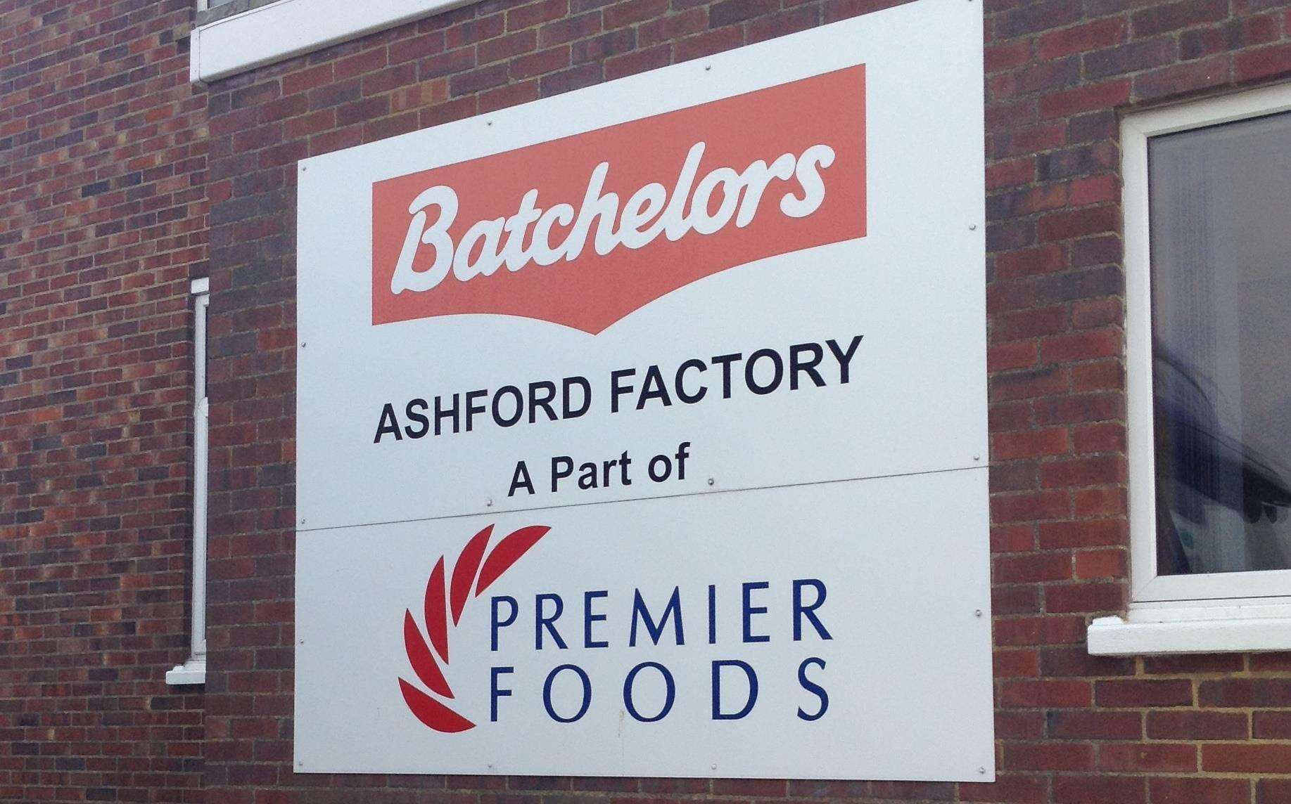 Premier Foods boss to step down