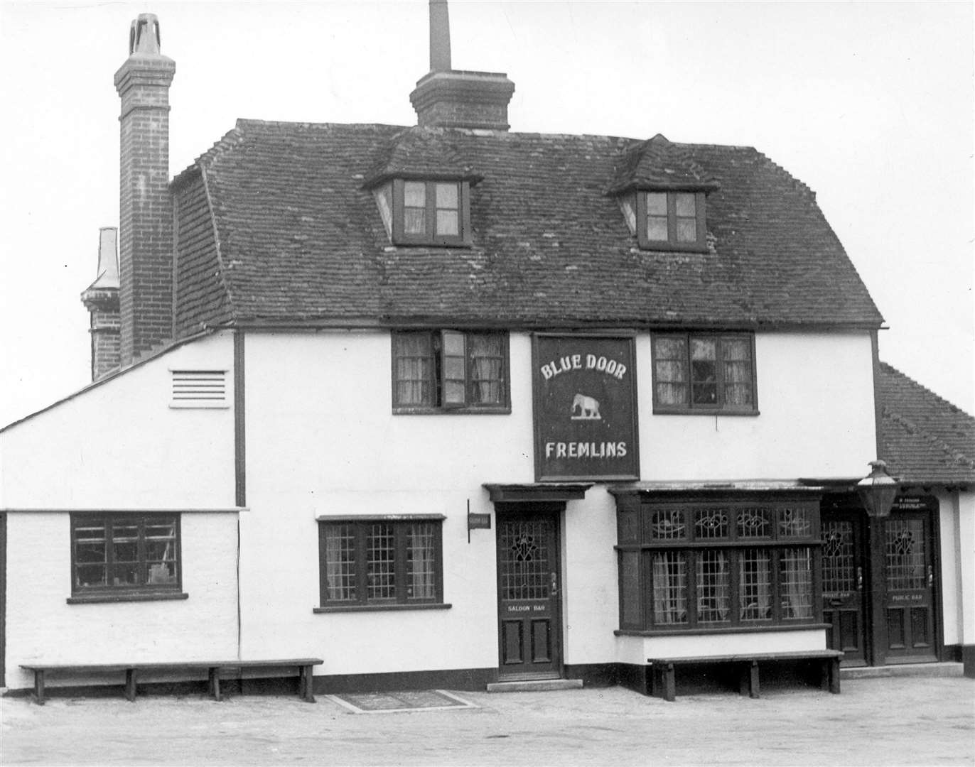 The old Blue Door public house in Sutton Road, Maidstone in March 1937